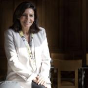 La maire de Paris déclare la guerre à Airbnb