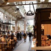 Le «mangeur français» – Les Français vont de plus en plus au restaurant, la vente au comptoir s'envole