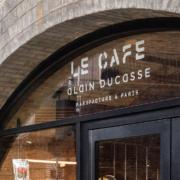 Alain Ducasse développe sa nouvelle enseigne «Le Café Alain Ducasse» – à Londres, F&S était sur place