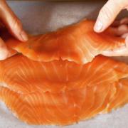 Le saumon de Norvège bourré de produits toxiques, le gouvernement reconnait qu'il peut être dangereux pour la santé