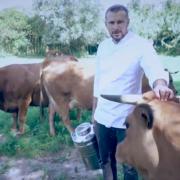 »De la vache à l'assiette «… découvrez le beurre revisité par le chef Glenn Viel à L'Oustau De Baumanière