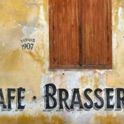 Faire revivre les » cafés de village «, une initiative pour recréer du lien social, une aubaine aussi pour de futurs restaurateurs