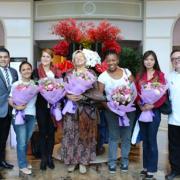 Brèves de Chefs – 9 femmes en cuisine au Sofitel Saigon, Stéphanie Le Quellec «Vous êtes La Scène», Claude Troisgros pour l'hôtpital du Petit Prince, …