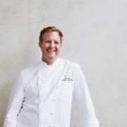 Londres : Harrods innove en nommant un chef exécutif – on a rencontréAndy Cook: «la partie food représente l'âme de Harrods»