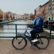 Alain Passard était à Amsterdam ce week-end pour recevoir le prix Johannes Van Dam récompensant sa carrière, le chef Alain Caron était à ses côtés