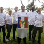 Guillaume Gomez et Christelle Brua cuisinent pour les soldats français stationnés en Côte D'Ivoire