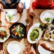 Selon une étude de LaFourchette, les Français – 58% – sont motivés pour retourner au restaurant, les restaurants ont hâte de rouvrir