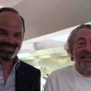 Brèves de Chefs – Édouard Philippe solidaire avec les restaurants, Pierre Gagnaire dit au revoir à Hong Kong, la soupe de truffe de Guy Savoy,  Écran noir pour les chefs, …