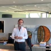 à la tête du groupe Accor, Sébastien Bazin est très inquiet pour la reprise de l'activité hôtelière en Europe
