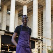 Mory Sacko -«On ne m'a jamais fait ressentir qu'être noir, c'est quelque chose de différent. Au contraire, la cuisine, pour moi c'est un des rares métiers qui offre une ascension dans l'échelle sociale.»