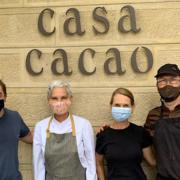 Scènes de chefs – David Rathgeber à Monaco, Jean-Georges Vongerichten au BBQ, Hélène Pietrini à Cadenet, Le miel de Simone Zanoni, cours autour du chocolat chez Jordi Roca, …