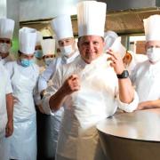 Les restaurateurs suisses sont très satisfaits de la fréquentation cet été – «Nous n'avons jamais vécu un si bon été», confie, le cef Franck Giovannini.