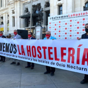 Espagne – Les patrons de bars et de restaurants manifestent leur mécontentement devant la Mairie de Madrid