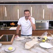 «Tous en cuisine» l'émission du chef Cyril Lignac sur M6 – Clap de fin le 12 octobre, place à Philippe Etchebest avec Objectif Top Chef