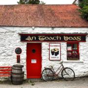 Au Royaume-Uni, l'Irlande et le Pays de Galles se reconfinent – les restaurants ferment partiellement