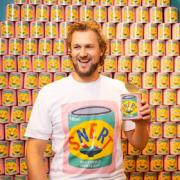 Le chef Joris Bijdendijk étonne tout le monde avec sa soupe «SNERT» en cannette