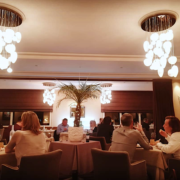 » Aller au restaurant » – les Français ressentent un fort manque, et sont prêts à y aller plus souvent