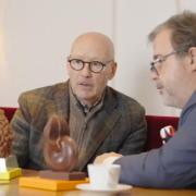 Découvrez le travail collaboratif entre l'artiste Thomas Boog et le pâtissier Pierre Hermé pour les fêtes de Pâques 2021