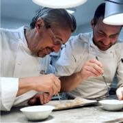Scènes de Chefs – Nicolas Sale prépare sa nouvelle aventure, Nicolas Lambert et son jumeau, Daniel humm et son maraîcher,  Stéphane Jégo prêt pour le réouverture, Laurent André en cuisine, Juan Arbelaez se met au vélo, ….