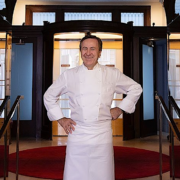 Le restaurant Daniel à New York fait peau neuve et réorganise son équipe en nommant Eddy Leroux chef exécutif